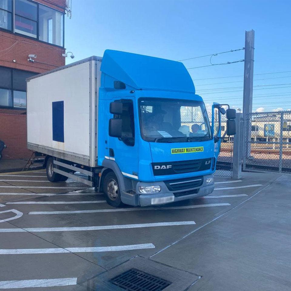 high-maintenance-lorry-drain-services